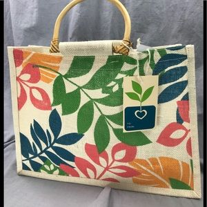 Woven straw floral tote purse